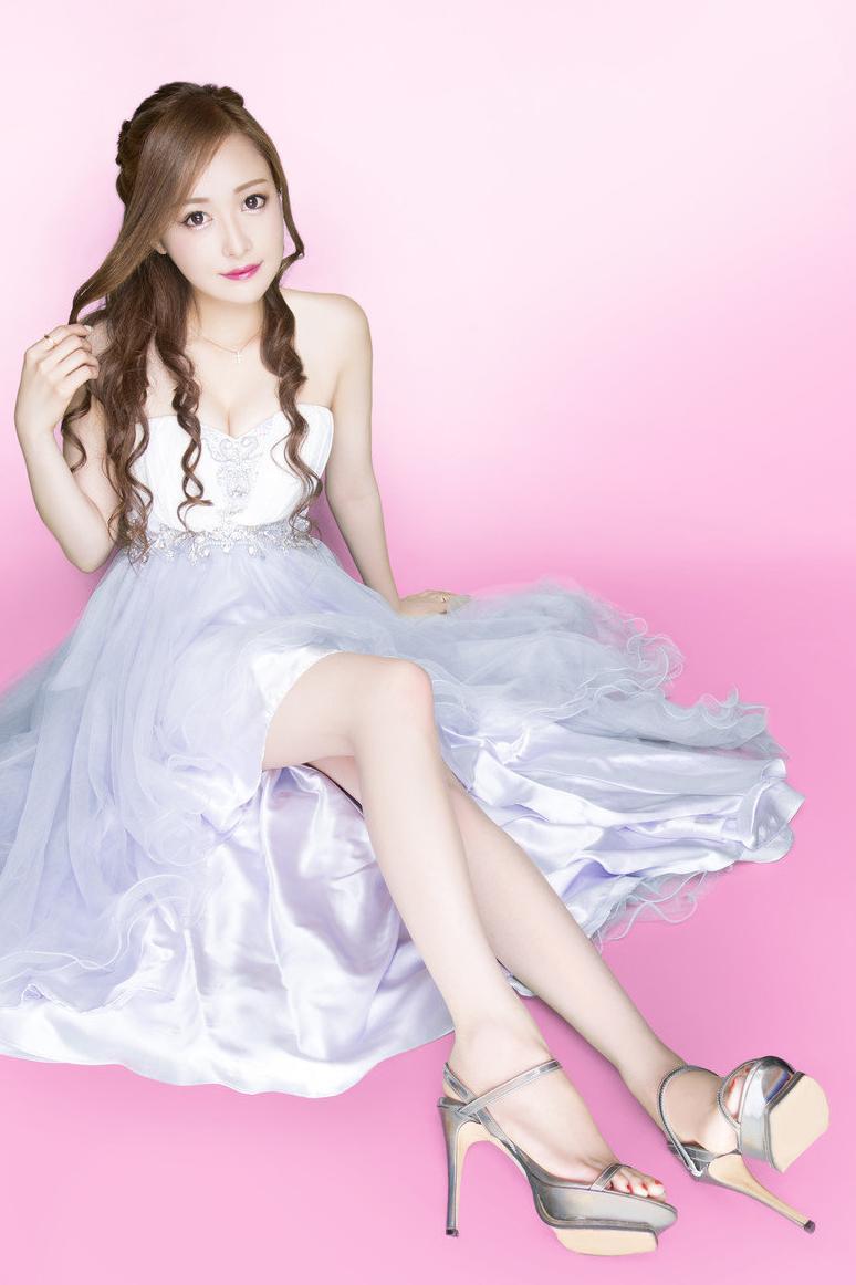 リナさんの写真3